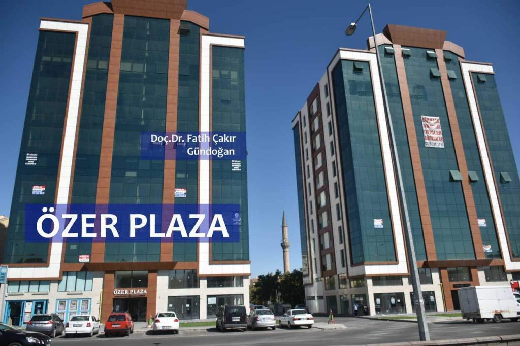 Özer Plaza-Muayenehane